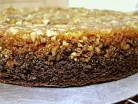 עוגת שוקולד וקרמל אגוזים