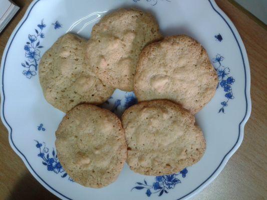 עוגיות בוטנים פריכות