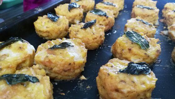 קציצות אורז עם גבינה