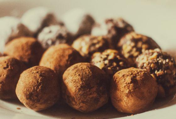 כדורי שוקולד אגוזים ורום