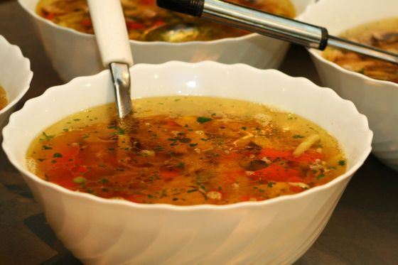 מרק קוביות עוף וירקות פיקנטי
