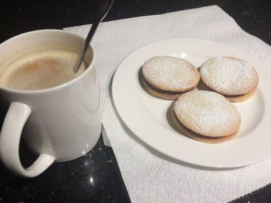 אלפחורס - עוגיות ריבת חלב