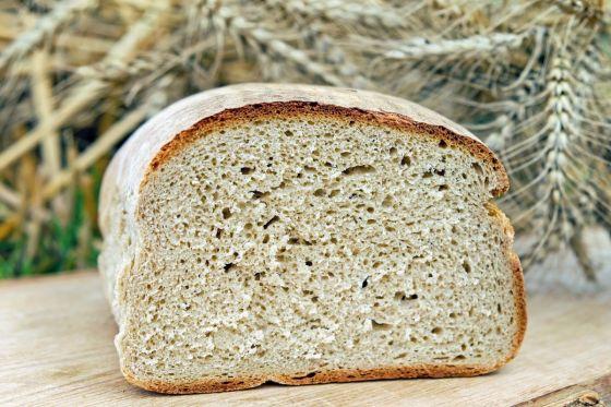לחם לבן בתבנית