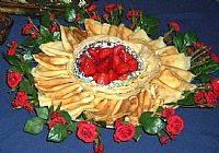 בלינצ'ס במילוי גבינת שמנת וקונפיטורת תות שדה ביתית
