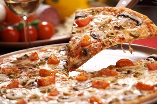 פיצה מעולה
