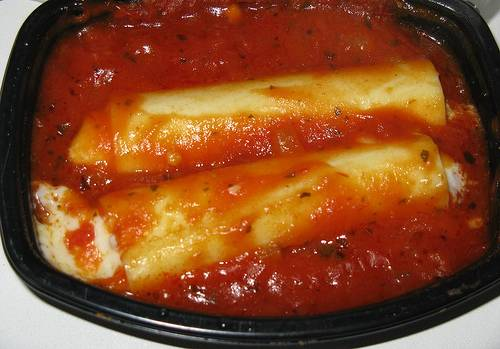 קנלוני במילוי ירקות ובשר - cannelloni