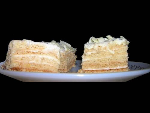 עוגת שכבות של אלונה