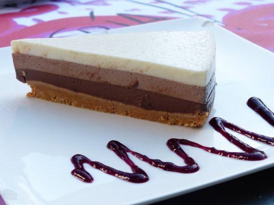 עוגת 3 שכבות גבינה שוקולד