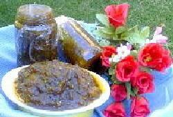 ריבת חצילים ואגסים ביין מתוק
