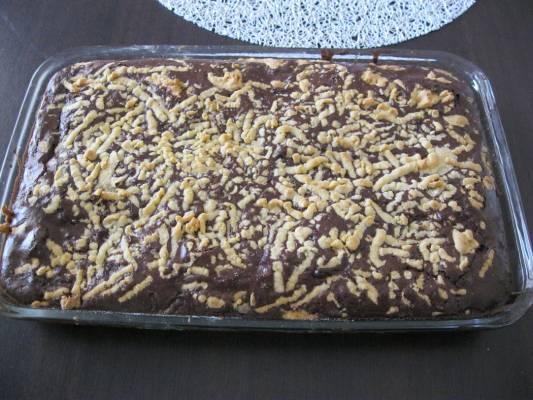 עוגת שוקולד עם בצק פריך