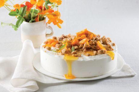 עוגת גבינת שמנת בניחוח פירות הדר ובציפוי פרורי בצק (חלבי)