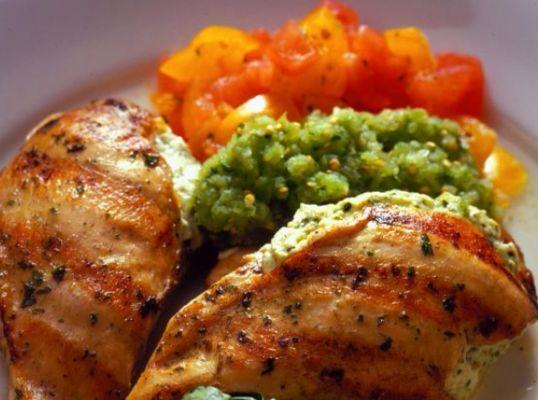 חזה עוף במילוי ירקות