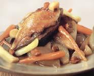 חזה עוף על מצע ירקות במרינדה