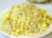 אורז מטוגן עם ביצים